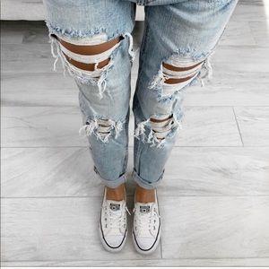 ekattire Jeans - SUNCHASER— in Light Wash